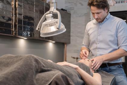 Acupuncturist Coen Suurland over kiezen: